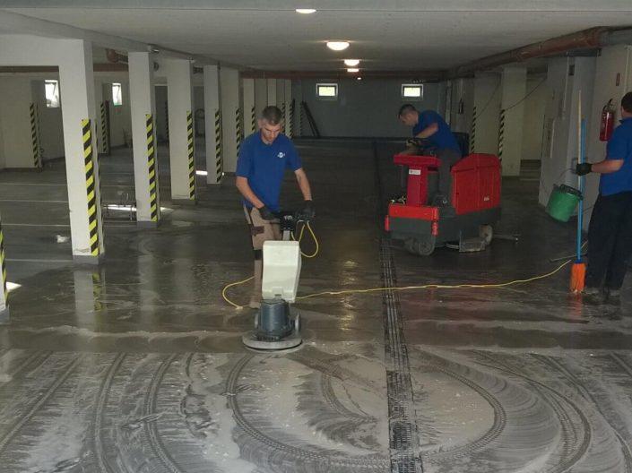 Sprzątanie garaży wielostanowiskowych