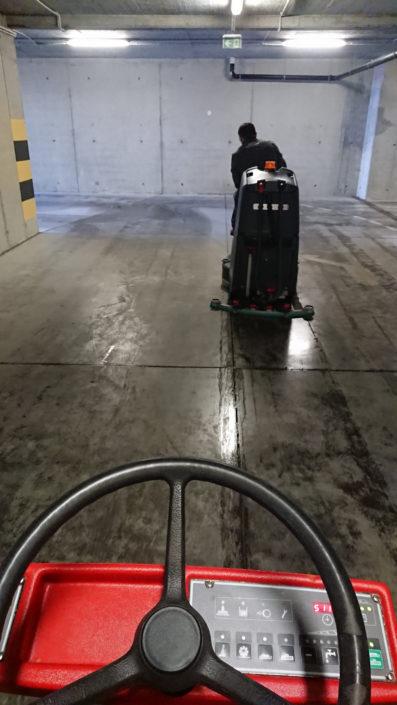 Mycie posadzek garaży Katowice